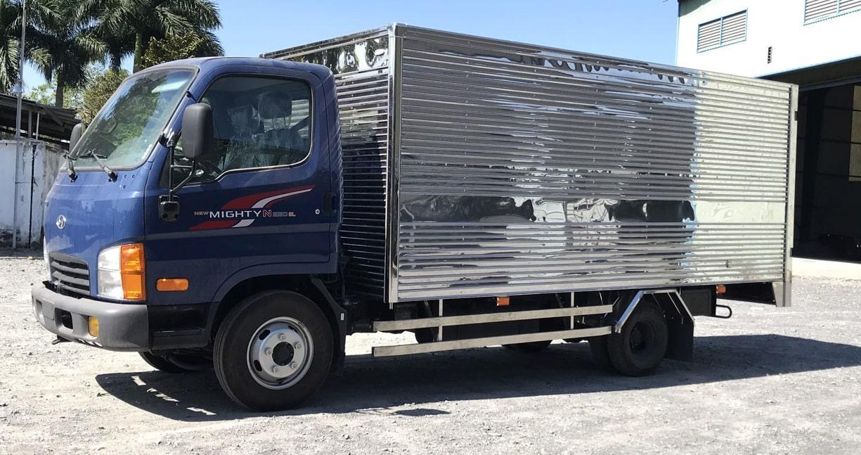 Cho thuê xe tải chở hàng uy tín tại TPHCM-01