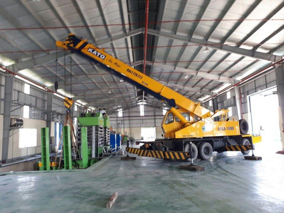 Dịch vụ di dời kho xưởng, nâng cẩu máy móc tại TPHCM-04